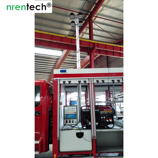 fire tender mounted telescopic light mast